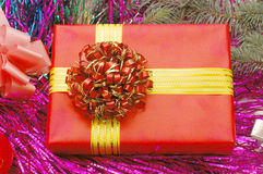 Ornamentos y regalos de la Navidad Foto de archivo libre de regalías