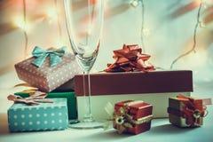 Ornamentu i bożych narodzeń rzecz dekoruje w świętej nocy Zdjęcia Stock