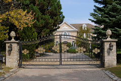 Ornate gate Stock Photos