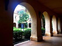 Ornately rzeźbiący archways w balboa parku fotografia stock
