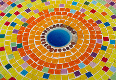 Ornement décoratif de mur de mosaïque de tuile cassée en céramique Photo libre de droits