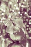 Ornement de boule de Noël - photos courantes Photos stock