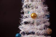 Ornement de Noël sur l'arbre Images libres de droits