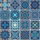 Ornement de patchwork de mosaïque de vecteur avec les tuiles carrées Texture sans joint Modèle décoratif d'azulejos portugais illustration stock