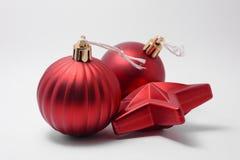 Ornement rougeoyant de Noël Photo libre de droits