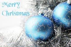 Ornements de Noël avec le texte : Joyeux Noël photographie stock