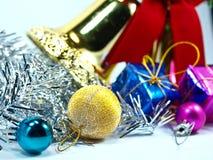 Ornements de Noël et décoration de billes Photographie stock