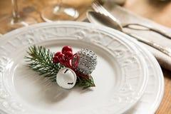 Ornements de Noël pour l'arrangement de table Photo stock