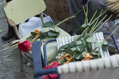 Ornements de roses rouges pour Sant Jordi en Catalogne Photographie stock libre de droits
