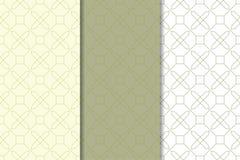 Ornements géométriques de vert et blancs olives Ensemble de configurations sans joint Photographie stock