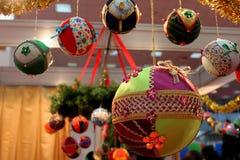 Ornements pour l'arbre de Noël Images libres de droits