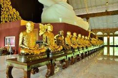 Oro Buda de la fila Imagen de archivo