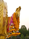 Mano del oro Buda en Phutthamonthon en Tailandia Imagen de archivo