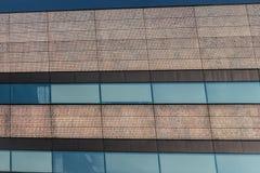 Oro chispeante y líneas de detalles azules del edificio Imagenes de archivo
