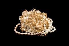 Oro con le perle Fotografie Stock Libere da Diritti