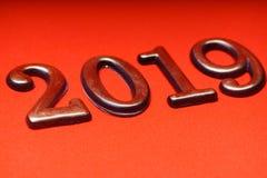 Oro 2019 del modello di progettazione della cartolina d'auguri su iscrizione rossa Fotografie Stock Libere da Diritti