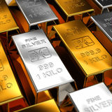 Oro e barre d'argento Fotografie Stock Libere da Diritti
