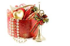 Oro e decorazioni rosse di natale Fotografia Stock Libera da Diritti