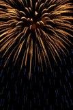Oro e fuoco d'artificio blu Fotografie Stock Libere da Diritti