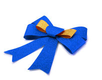 Oro e nastro blu isolati su bianco, percorso di ritaglio Fotografia Stock