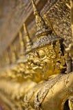 Oro Garudas Imágenes de archivo libres de regalías