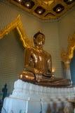 Oro puro Buda Foto de archivo