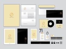 Oro y plantilla de la identidad corporativa del negro para su negocio set2 Imagen de archivo libre de regalías