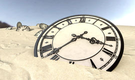 Orologi antichi in primo piano della sabbia del deserto Fotografia Stock Libera da Diritti