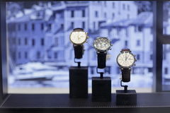 Orologi del lusso del IWC su esposizione fotografia stock