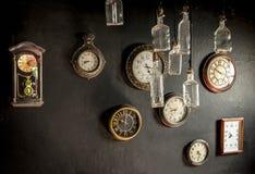 Orologi dell'oggetto d'antiquariato fotografie stock