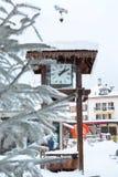 Orologio al quadrato a Chamonix-Mont-Blanc Fotografie Stock