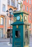 Orologio-barometro, Malaya Konyushennaya Street, St Petersburg, fotografia stock
