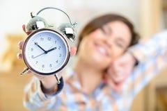 Orologio che mostra un tempo di pomeriggio Fotografia Stock Libera da Diritti