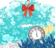 Orologio del fondo del nuovo anno con i vetri del champagne e l'arco rosso Fotografia Stock
