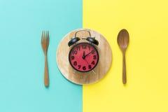 Orologio dell'alimento Concetto sano dell'alimento Immagine Stock
