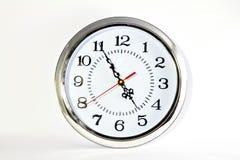 Orologio della sfera su priorità bassa bianca, Immagine Stock Libera da Diritti
