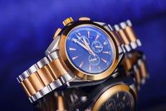 Orologio di lusso dell'uomo per la gente di affari Immagine Stock