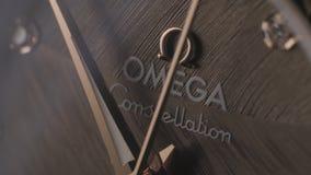 Orologio di marca di Omega video d archivio