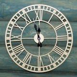 Orologio di parete che mostra 11 55 Fotografie Stock
