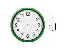 Orologio di parete verde isolato su un fondo bianco Fotografia Stock Libera da Diritti