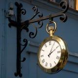 Orologio dorato Immagini Stock Libere da Diritti