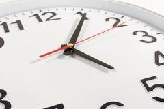 Orologio o fondo astratto di tempo orologio bianco con rosso e blac Immagini Stock Libere da Diritti