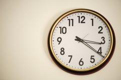 Orologio sulla parete Fotografia Stock Libera da Diritti