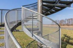 Orologio-torre fatta delle scale a chiocciola vicino all'aeroporto di Lelystad, Paesi Bassi Fotografie Stock Libere da Diritti