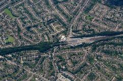 Orpington火车站,鸟瞰图 免版税库存图片