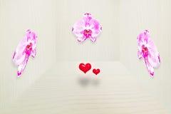 Orquídea rosada fresca en la pared de madera gris del vintage en 3D con dos pequeños corazones rojos Foto de archivo libre de regalías