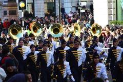 Orquesta de la escuela. Años Nuevos de desfile del día en Londres. Foto de archivo libre de regalías