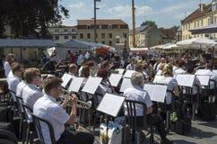 Orquestra no centro de Valkenburg Fotografia de Stock Royalty Free