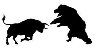 Orso contro il concetto della siluetta del toro Immagini Stock