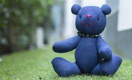 Orso delle blue jeans del giocattolo Fotografia Stock Libera da Diritti